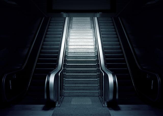 metro-schody